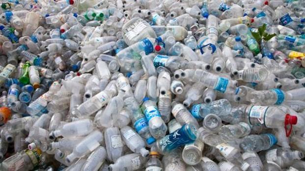 Bottiglie in plastica, inquinamento